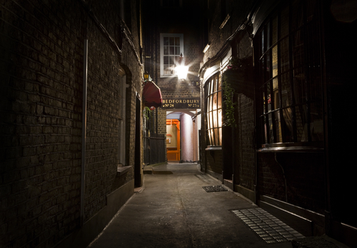 An old fashioned London Alleyway in the city.